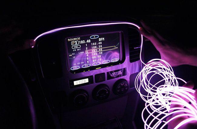 Делаем космолет при помощи светящихся шнуров для авто