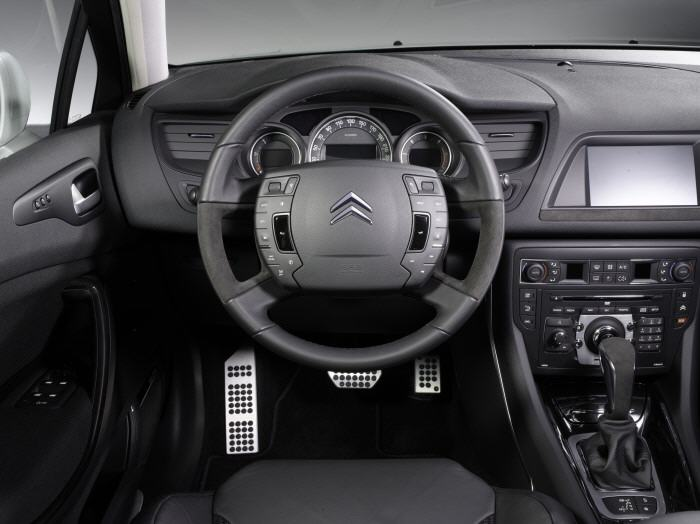 Обзор Citroen C5 с фото