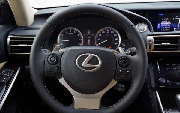 Обзор японского седана Lexus IS350: фото, экстерьер, интерьер, технические характеристики