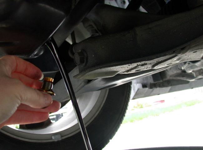Промывка двигателя: поддерживаем «сердце»авто в чистоте