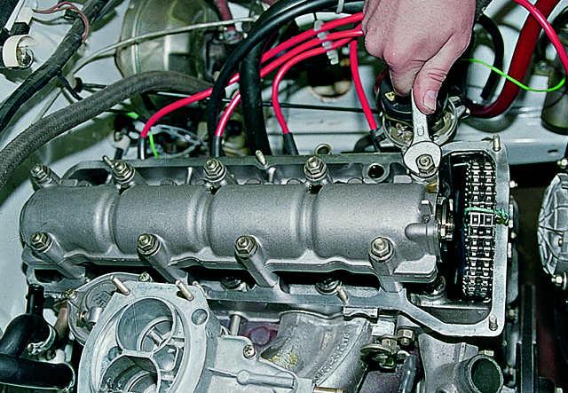 Расположение распредвала в двигателе