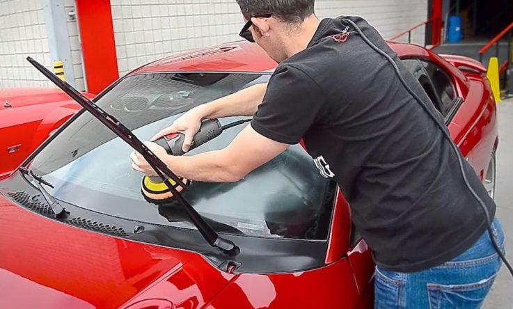 Ремонт лобового стекла автомобиля: 7 этапов устранения сколов и трещин