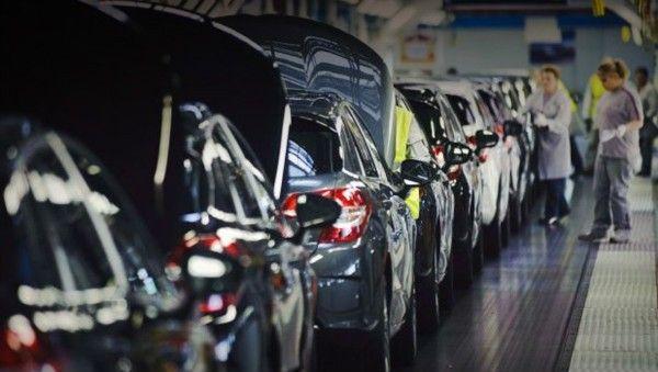 Семейство минивэнов Citroen пополнится механической КПП - специально для России