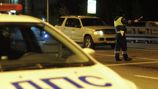 Когда приставы смогут арестовывать автомобиль?