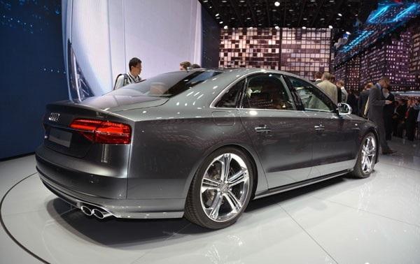 Обзор седана Audi A8 2015: фото, экстерьер, интерьер, технические характеристики новинки