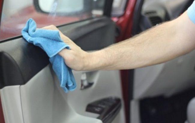 Самостоятельно перетягиваем кожей салон автомобиля