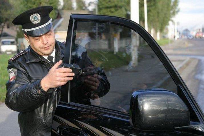Штраф за неправильную тонировку стекол авто