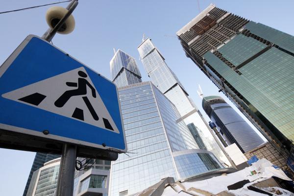 Штраф за обгон на пешеходном переходе ужесточили