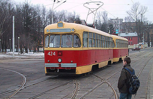 Водители и пассажиры трамваев