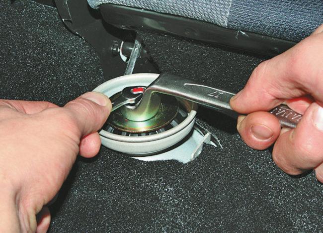 Замена амортизаторов ВАЗ 2108, 2109, 21099: автолюбителю на заметку