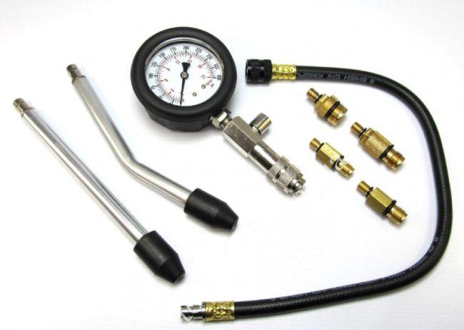 izmerenie kompressii v cilindrah dvigatelya sovremennom avtomobile 1 - Чем измеряют компрессию двигателя