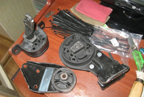 Правильная замена подушки двигателя ВАЗ 2114 своими руками