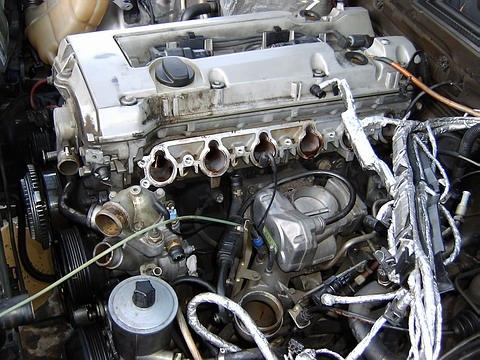 Рядные 6-цилиндровые двигатели Mercedes и их обслуживание