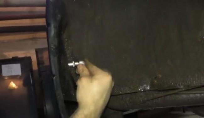 Самостоятельно снимаем задний бампер с ВАЗ 2114