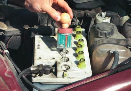 Инструкция как правильно поднять плотность электролита в аккумуляторе